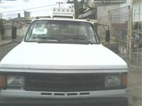 Caminhão  Chevrolet D6000  ano
