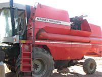 Colheitadeira Massey Ferguson MF 38 ano 2000