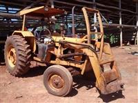Trator Valtra/Valmet 88 4x2 ano 83