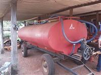 TANQUE DE ÁGUA COM BOMBA OU MOTOR ACTON CAPACIDADE 6,500 LTS ANO 2011