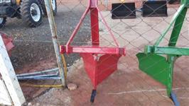 Plantadeira TATU modelo PST 2 de 9 linhas desencontradas