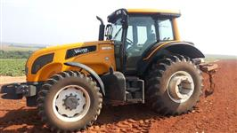 Trator Valtra/Valmet BH135i 4x4 ano 14