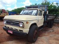 Caminhão  Chevrolet D 68  ano 77