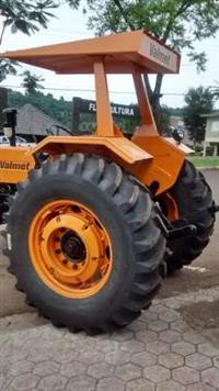 Trator Valtra/Valmet 78 4x2 ano