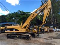Escavadeira Caterpillar 320