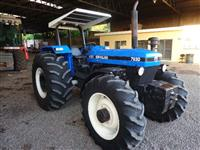 Trator Ford/New Holland 7630 4x4 ano 07