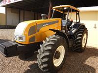 Trator Valtra/Valmet BM 145 4x4 ano 07