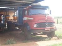 Caminhão  Mercedes Benz (MB) 2013  ano 78