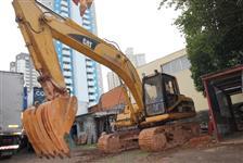 Escavadeira - Catterpillar 320 b