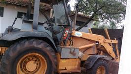 Retro escavadeira Case 580 L traçada