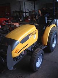 Trator Agrale 4100 GLP 4x2 ano 07