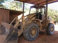 Trator Case OM352 4x4 ano 90