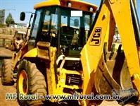 RETROESCAVADEIRA JCB 3C 4X4  ANO 2010 COM CABINE FECHADA