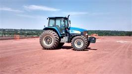 Trator Ford/New Holland TM7010 4x4 ano 12