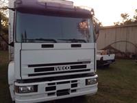 Caminh�o  Iveco Tector 230E24 Plataforma 6x2  ano 08
