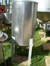 Tanques de armazenamento em Aço Inox e Carbono