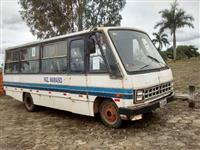 Microonibus Marca Ford modelo FB-4000 Ano 1982