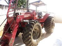 Trator  Massey Ferguson 650 4x4 muito novo