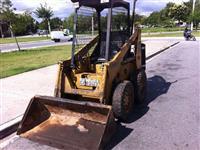 mini carregadeira bobcat 711 1981 pneu borracha