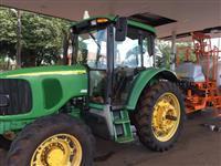 Trator John Deere 6415 4x4 ano 07