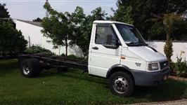 Caminhão  Iveco 7013  ano 06
