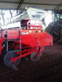 Plantadeira Semeato PSL11 Ano 2008