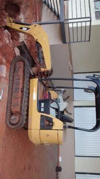 Mini Escavadeira Hidráulica Caterpillar 302.5C