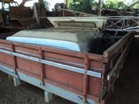Carroceria de madeira de 7,30 metros