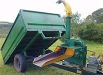 Carreta agr. 3000 kg basculante, marca Nogueira, picadeira de Cana marca JF 60