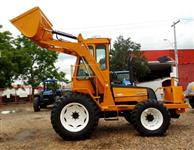 Trator Carregadeiras BM 85 4x4 ano 06