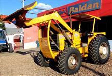 Trator CBT 8060 com conjunto de lamina 4x4 ano 86