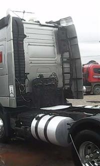 Caminhão  Volvo FH 440  ano 11