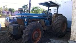 Trator Ford/New Holland 112 CV 6 CILINDROS ENTRADA + 1 ANO  4x4 ano 91