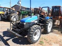 Trator Ford/New Holland DE BARBADA ENTRADA + 2 ANOS  4x4 ano 03
