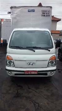 Caminhão  Hyundai HR BAU  ano 12