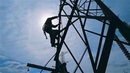 Torre em aço galvanizado para telecomunicações telefonia celular