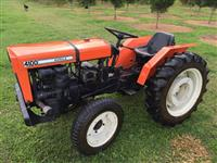 Trator Agrale 4100 4x4 ano 78