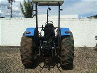 Trator Ford/New Holland TL 90 4x4 ano 03
