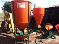 Misturador de ra��o Incomagri de 1000 kgs, triturador Incomagri TIN2 e ciclone