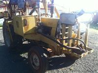 Trator Carregadeiras CBT 1105 4x2 ano 75