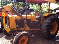 Trator Valtra/Valmet 86 ID 4x2 ano 78