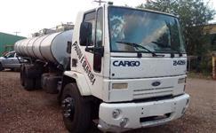 Caminh�o  Ford C 2428e 6x2  ano 06