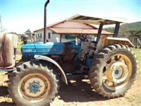Trator Ford/New Holland 4630 4x4 ano
