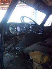 Caminhão Munck D70