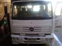 Caminhão  Mercedes Benz (MB) 1720  ano 99