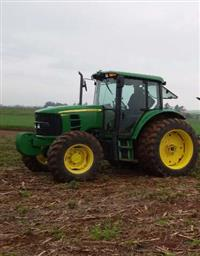 Trator John Deere 6110J 4x4 ano 13