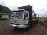 Caminhão  Ford 2428 8x2  ano 09