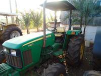 Trator John Deere 5403 4x4 ano 10