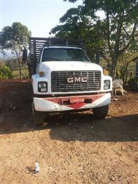 Caminhão  GMC 16220  ano 00