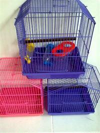 Três gaiolas de pássaros novinhas zeradas